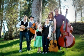 "Wilson Family String Band ""Singing for their Supper"" in Fountain Hills"